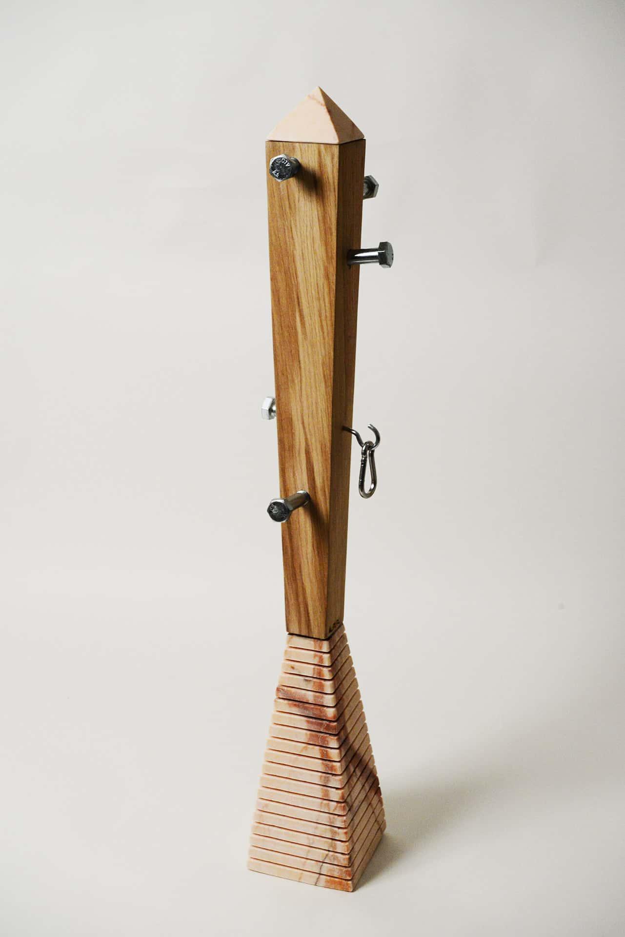 Appendiabiti legno alessandra politi sculture design - Portabiti in legno ...